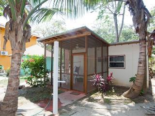 Cinnamon Cottage CINNAMON - Roatan vacation rentals