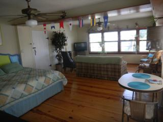 SURFSIDE BEACON - STUDIO upstairs unit - Tybee Island vacation rentals