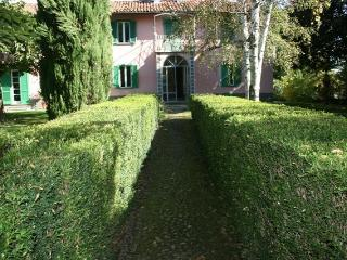Villa la Mariandrea - Bossolasco vacation rentals
