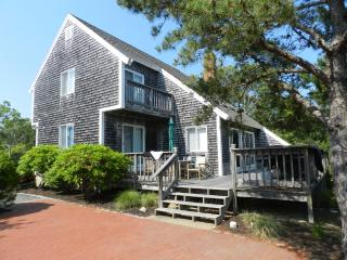 #578 A cozy and popular vacation rental home - Edgartown vacation rentals