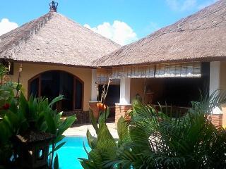 Pondok Ernita - Legian vacation rentals