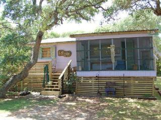 ***5 NIGHTS $256 at BEACH-TREE SPIRIT RETREAT !!!* - Surf City vacation rentals