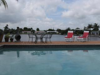 TROPICAL POOL HOME on TRANQUIL LAKE - Fort Lauderdale vacation rentals
