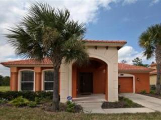 Front of home - Beautiful gated resort villa with pool spa & games - Davenport - rentals