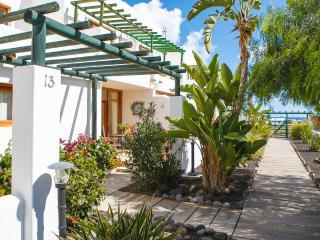 2 bedroom Villa with Internet Access in Charco del Palo - Charco del Palo vacation rentals