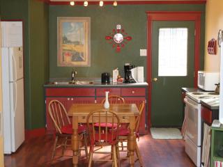 Mill House Cottage in Historic Dayton Washington - Dayton vacation rentals
