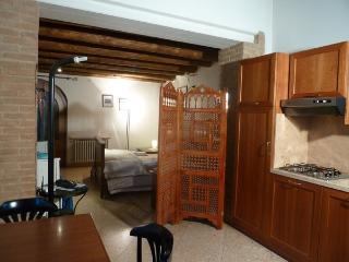 Bright 1 bedroom Condo in Tregnago - Tregnago vacation rentals