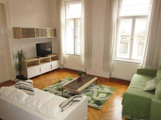Vibrant 6th district - 3 bedrooms, up to 8 persons - Budapest vacation rentals