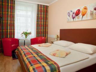 Comfortable Studio Ap5 - Vienna vacation rentals