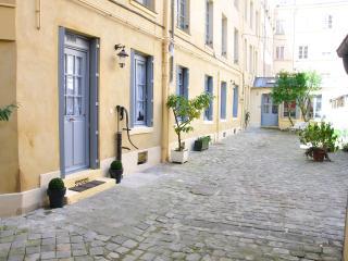 L'Escapade Versaillaise - One-bedroom apartment - Versailles vacation rentals