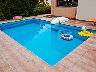 Helidonia Villas, DENISE - Rethymnon vacation rentals