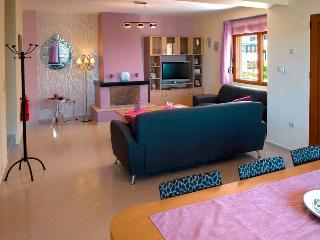 Helidonia Villas, ISMINI - Rethymnon vacation rentals