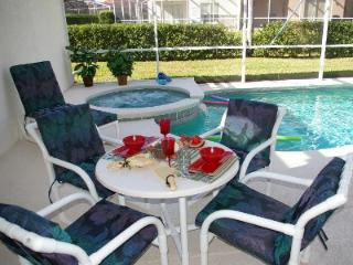 Stunning mediterranean style villa,gated community - Disney vacation rentals