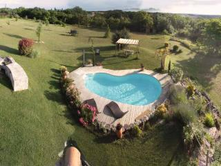 Superb villa heated pool & spa in the Southwest - Midi-Pyrenees vacation rentals