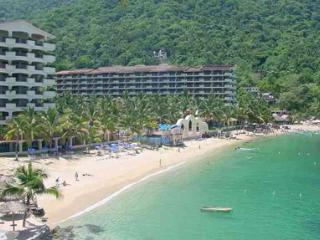 Oceanfront Luxury Condo at Mismaloya Condo Resort - Puerto Vallarta vacation rentals
