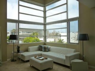 Santa Monica Awesome Sunny 2 Beds 2 Bathrooms - Santa Monica vacation rentals