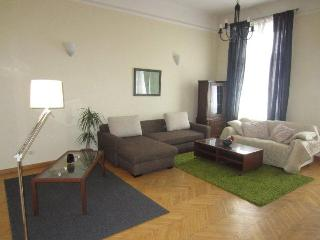 Oktogon Andrassy Classic Apartment - Up to 7 Guests - Budapest vacation rentals