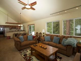 Tahoe Donner Cabin In the Woods - Sleeps 8 - Truckee vacation rentals