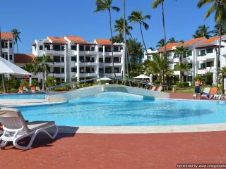 1 BR  Stanza Mare Condo, Punta Cana on the beach - Punta Cana vacation rentals