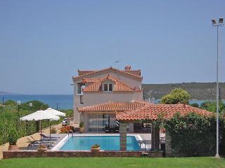 Ermioni Villas - Oceanfront  villa in Peloponnese. - Ermioni vacation rentals