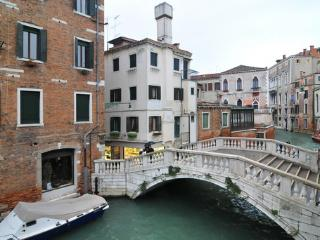 Ca' Dei Nomboli - Venice vacation rentals