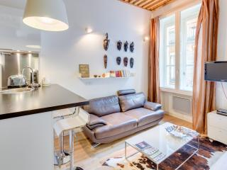 2 persons flat center Lyon- chocolat - Lyon vacation rentals