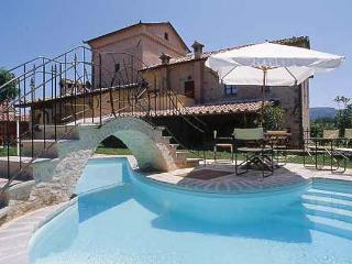 Templar House Biribino (max 25 people) - Umbertide vacation rentals