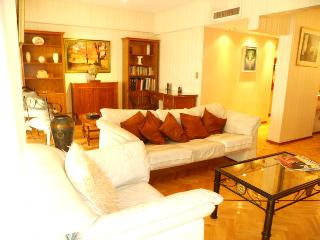 Crazy Offer!!! Huge 3br+3ba Recoleta - Capital Federal District vacation rentals