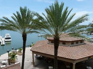 Luxurious Esplanade condo overlooking Smokehouse Bay - Marco Island vacation rentals
