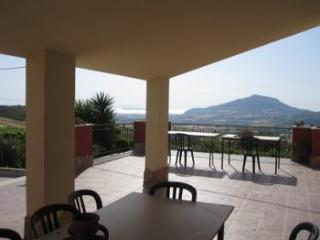 Holiday House Vacanze Luziano come in Sicily - Buseto Palizzolo vacation rentals