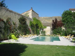 Les Jardins de la Livrée - Vacqueyras vacation rentals