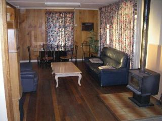 Bestbrook Mountain resort farm stay & horse riding - Maryvale vacation rentals