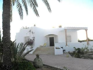 Djerba, villa for 6 front sea - Djerba vacation rentals