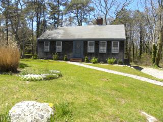 4 bedroom 2 bath less than 1 mile  from breakwater beach - Brewster vacation rentals