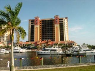 Sanibel View Condo Cape Coral FL 2/2 13th Floor - Cape Coral vacation rentals