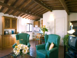 Apartment Giaggiolo at the Palazzo Antellesi - Florence vacation rentals