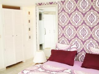 3 Pax Studio Cosy Full Ekipped Wifi Easy Parking - Madrid vacation rentals