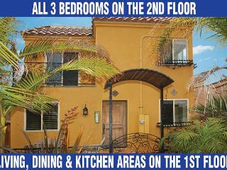 Fabulous stand alone home with great views from private rooftop deck! - San Diego County vacation rentals