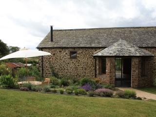 Luxury Pet Friendly Cottage on Historic Devon Farm - Devon vacation rentals