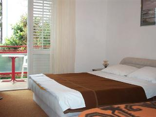 COSY DOUBLE ROOM in HVAR TOWN - Hvar vacation rentals