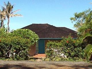 1 bedroom Cottage with Deck in Anahola - Anahola vacation rentals