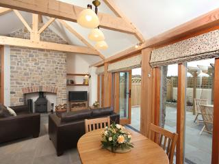 Pear Tree Cottages: Cherry Plum Gold Award 4 star. - Wedmore vacation rentals