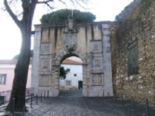 Casa Castelo - Almada vacation rentals
