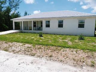 TRADE-WINDS 3 bed villa 200ft from beach - Abaco vacation rentals