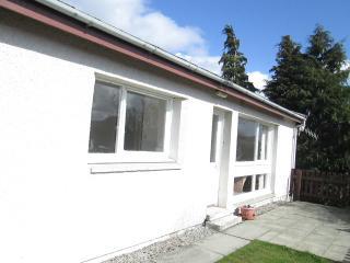 Riverside Chalet , Strathpeffer,Scottish Highlands - Contin vacation rentals
