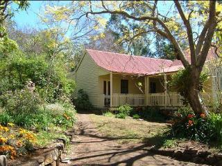 Nice Cottage with Internet Access and A/C - Grose Vale vacation rentals