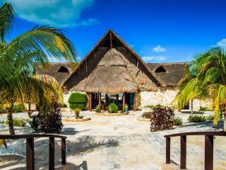 6 Person Villa at Family-Friendly Yucatan Resort - Celestun vacation rentals
