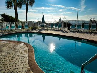 West Coast Vista 3E Bay View Condo | Sunrise  and  Sunsets! | Recently Remodeled! - Indian Rocks Beach vacation rentals