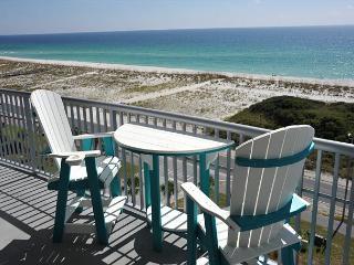 Emerald Dolphin 2 bedroom + bunkroom sleeps 9 - Pensacola Beach vacation rentals