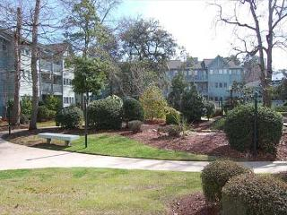 Awesome Vacation Retreat with a Private Courtyard at Myrtle Beach Resort - Myrtle Beach vacation rentals